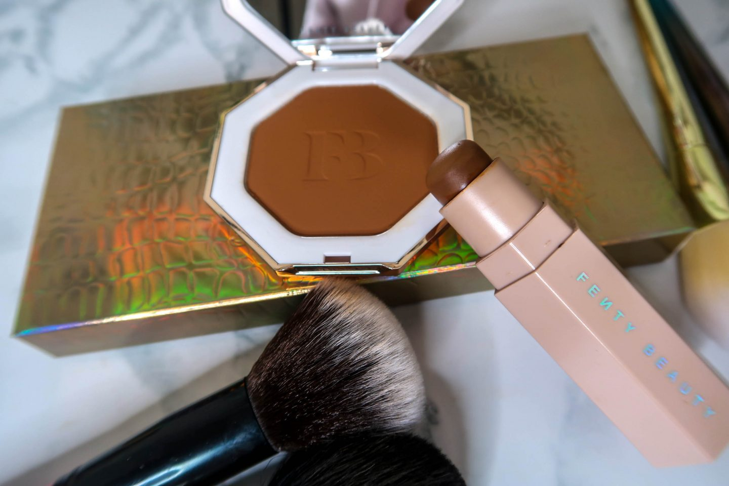 Fenty Beauty Truffle contour and Cocoa naughty bronzer
