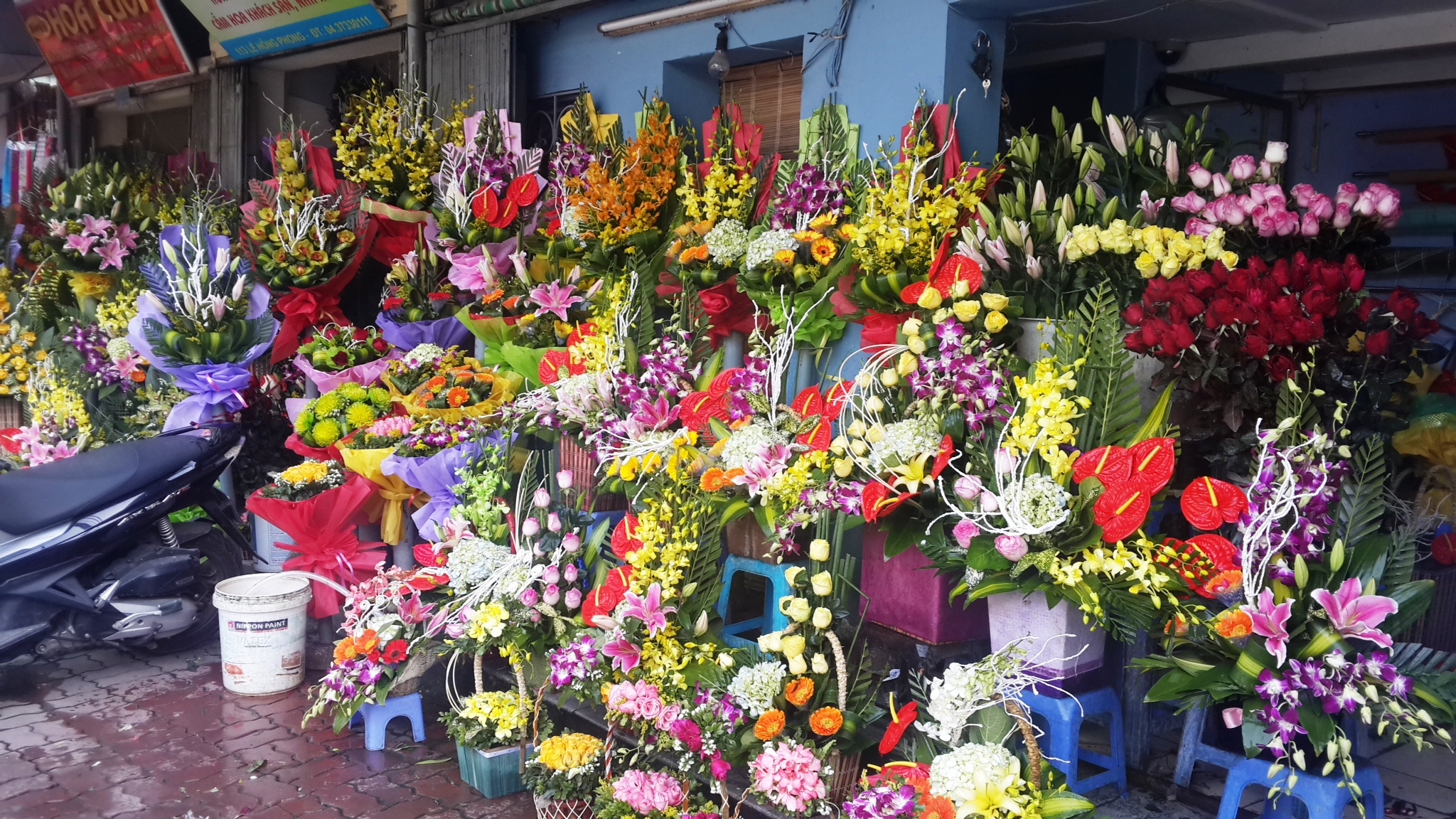 Flowers of Hanoi