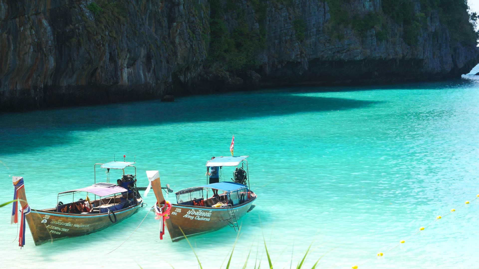 Phiphi island tour, phuket, the beach