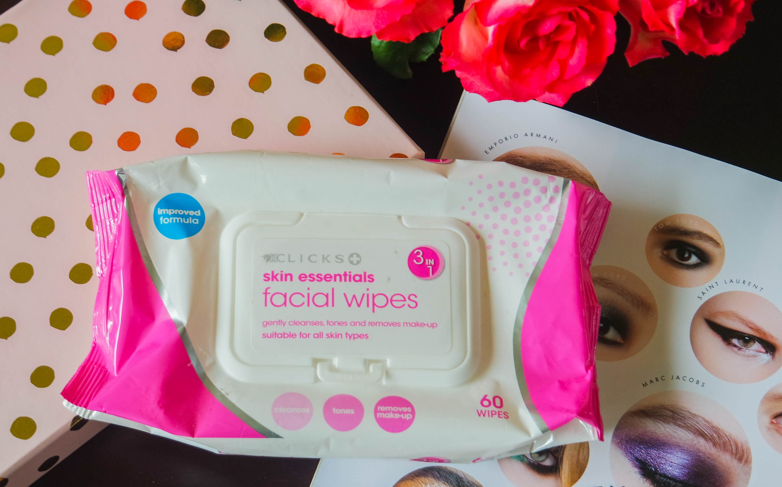 Skin essentials facial wipes
