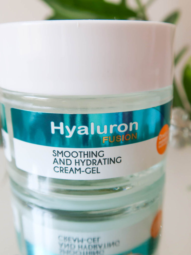Delia Cosmetics Smoothing and Hydrating Cream-Gel