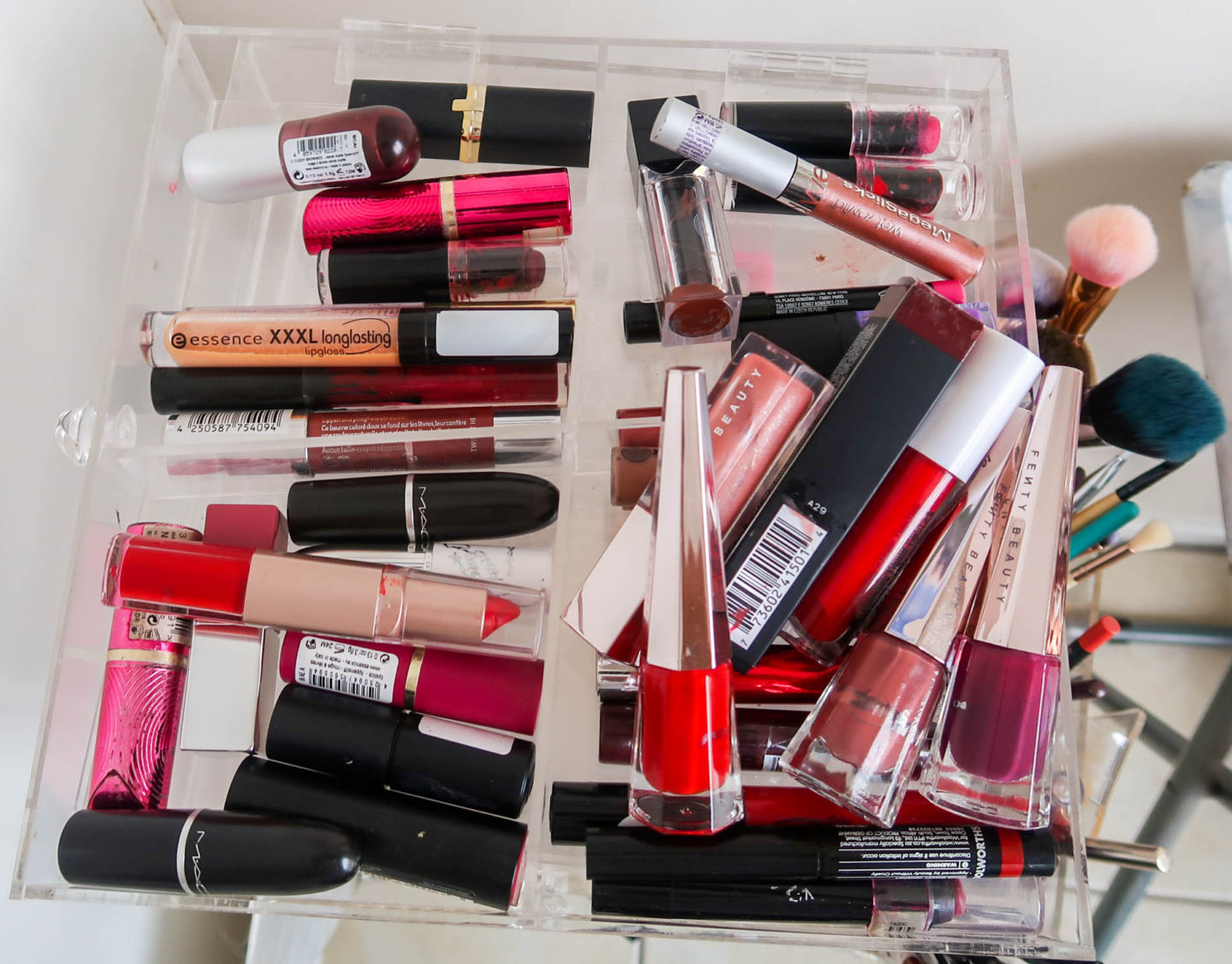 declutter my makeup collection